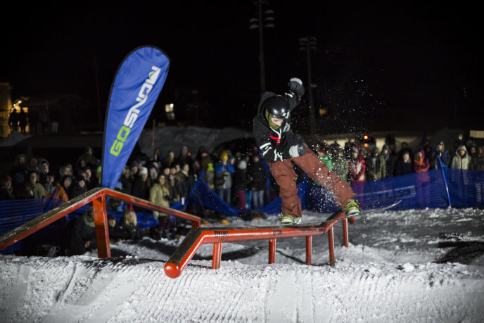 Niseko Rail Jam Midtown Red Bull 2017 02 04 0103