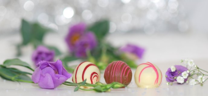 White Day Spring March 14 Chocolates 563382 Pixabay