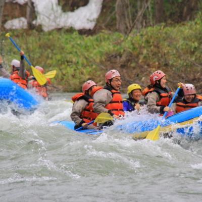 Nac Spring Rafting Snow 13