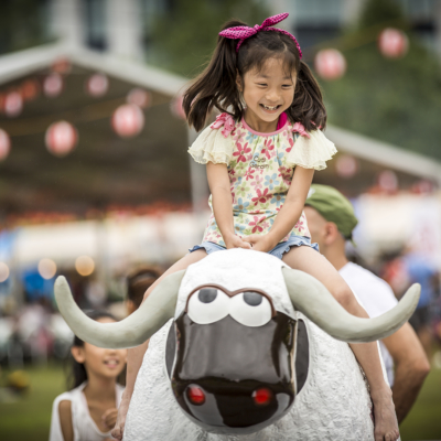 Hidde Hagemen Hirafu Matsuri 2016 Child Riding Ki Rodeo