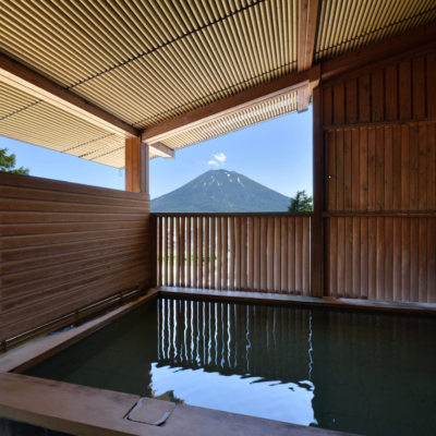 Hotel Niseko Alpen Onsen Outdoor Pool 1 Rotenburo
