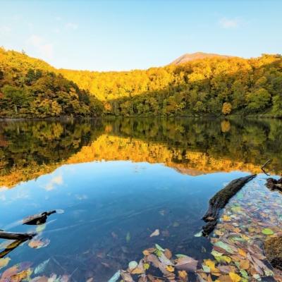 Lake Hangetsu