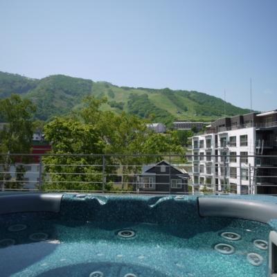Niseko Central Youtei Tracks Penthouse Yt503 Jacuzzi 1 1 Jpg