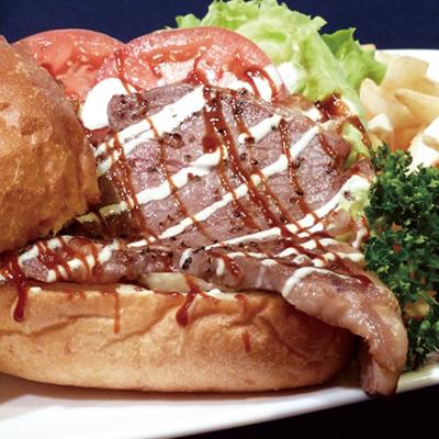 Tanta An Bacon Lettuce Tomato Sandwich