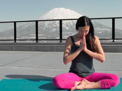 Powder Yoga Kanami Yotei Namaste