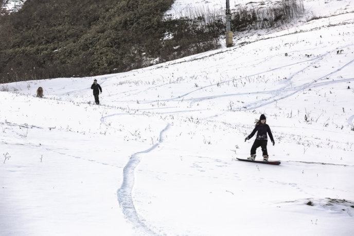 Niseko local snowboarding first snow
